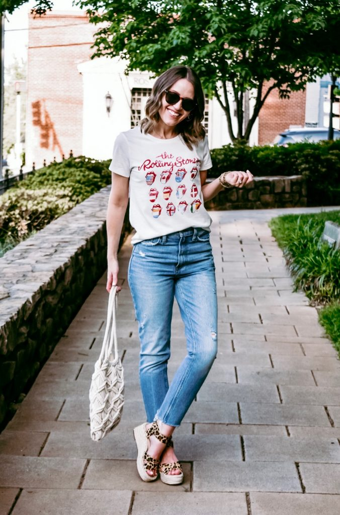 Mom Jeans and Graphic Tee