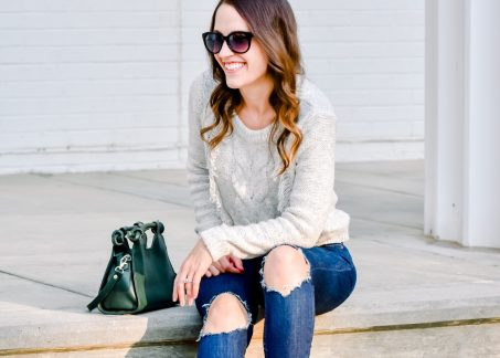 Casual Fall Style: Fringe Sweater and Skinny Jeans